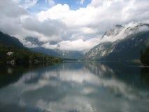 Bohinj sjön i Slovenien Royaltyfri Fotografi