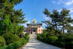 Bohyunsa-Tempel mit großer Buddha-` s Bild-Kopfstatue in Südkorea stockfotos