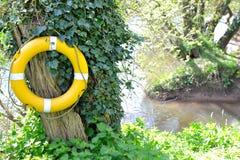 Boia salva-vidas amarelo Fotos de Stock Royalty Free