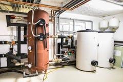 boilers en verwarmingssysteem met regelgeving Royalty-vrije Stock Afbeeldingen