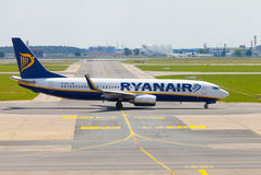 Boing 737 - 8AS from Ryanair on airport Royalty Free Stock Photo
