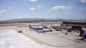 Boing-737 av Southwest Airlines i PHX, AZ Arkivfoton