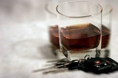 Boire et piloter - visibilité trouble Photo libre de droits