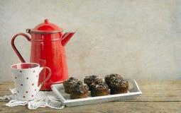 Boire rustique de thé photographie stock