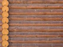 bois à la maison extérieur de construction de structure de logarithme naturel de maison Photos libres de droits