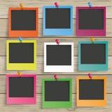 Bois 9 cadres de photo colorée Photos stock
