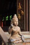 Bois découpant dans le temple Photographie stock