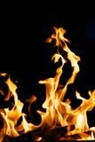 Bois de chauffage brûlant Images libres de droits