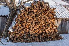 Bois de chauffage empilé Image libre de droits