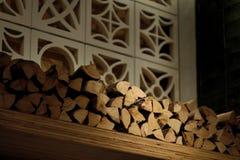 Bois de chauffage pour l'hiver photo libre de droits