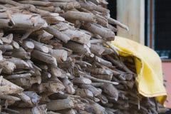 Bois de chute pour le bois de chauffage photo stock