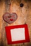 Bois de coeur main-cousu par fond de Valentine en bois Images stock