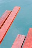 Bois de construction rouge Images stock