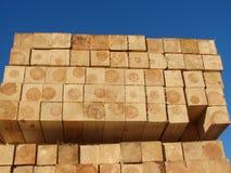 Bois de construction sur une palette Image libre de droits