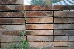 Bois de construction très bien disposé image stock
