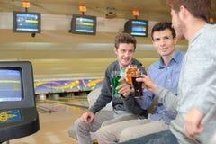 Boisson au centre de bowling Image stock