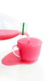 Boisson au lait rose Photographie stock