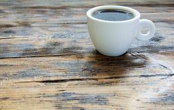 Boisson chaude de fond en bois de vintage de café de tasse Photo stock