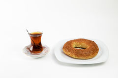 Boisson chaude traditionnelle turque Photo stock
