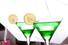 Boisson en bon état verte photos stock