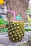 Boisson tropicale de cocktail d'ananas Images libres de droits