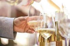 Boissons avec des verres de vin Photos libres de droits