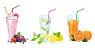 boissons d'?t? r?gl?es Lait de poule, jus frais et mojito en verre illustration libre de droits