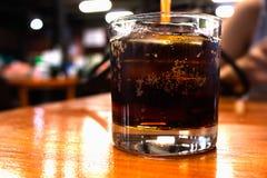 Boissons non alcoolisées au restaurant de nuit Photos libres de droits