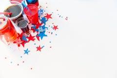Boissons sur la partie américaine de Jour de la Déclaration d'Indépendance Photographie stock libre de droits
