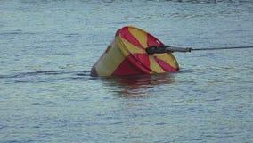 Boja w wodzie 4K zdjęcie wideo