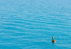 Boje weg vom Ufer von Bermuda Stockfotos