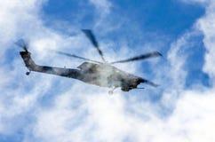 Bojowi helikoptery Berkuty Rosja, Petersburg, Czerwiec 2017 Obraz Stock