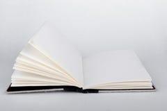 bok öppnad white Royaltyfri Fotografi