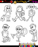 Bok för färgläggning för tecknad film för skolaungegrupp Royaltyfri Foto