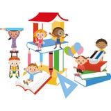 Bok och barn Royaltyfri Bild