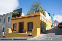 BoKaap在开普敦为它明亮地被绘的房子被认识 库存图片