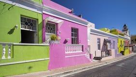 Bokaap,开普敦的五颜六色的房子 免版税图库摄影