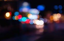 Bokeh球形在有大量的一个城市车道 各种各样五颜六色 图库摄影