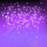 Bokeh紫罗兰色颜色光星 免版税图库摄影