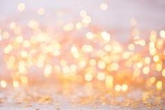 Bokeh abstracto del oro Fondo del tema de la Navidad y del Año Nuevo Imagen de archivo