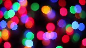 Bokeh de focus de las luces del centelleo almacen de metraje de vídeo