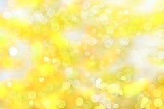 Bokeh de jaune de fond brouillé par automne Image libre de droits
