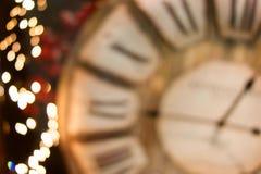 Bokeh de oro del fondo de las luces de la Navidad Fotos de archivo