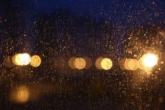 Bokeh delle gocce di pioggia immagini stock