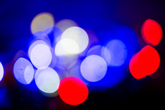 Bokeh, Dunkelheit, Licht in Rotem, blau, weiß Lizenzfreies Stockfoto
