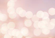 Bokeh lichte Uitstekende achtergrond. Heldere roze kleur. Abstracte natu Stock Afbeeldingen