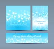 Bokeh ljus på blåa inbjudankort vektor illustrationer