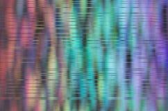 Bokeh-Regenbogen-Zusammenfassungshintergrund mit Streifenstörschub zeichnet Lizenzfreie Stockbilder