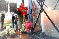 Bokeh retro de la nieve de la forma del corazón Foto de archivo libre de regalías
