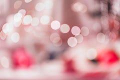 Bokeh rond lumineux sur le fond rose vif image libre de droits
